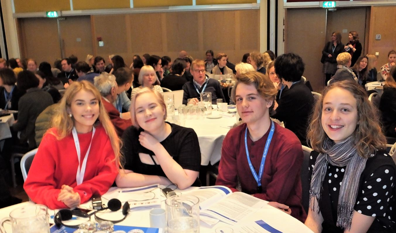 Youth delegates, photo: Björn Lindahl