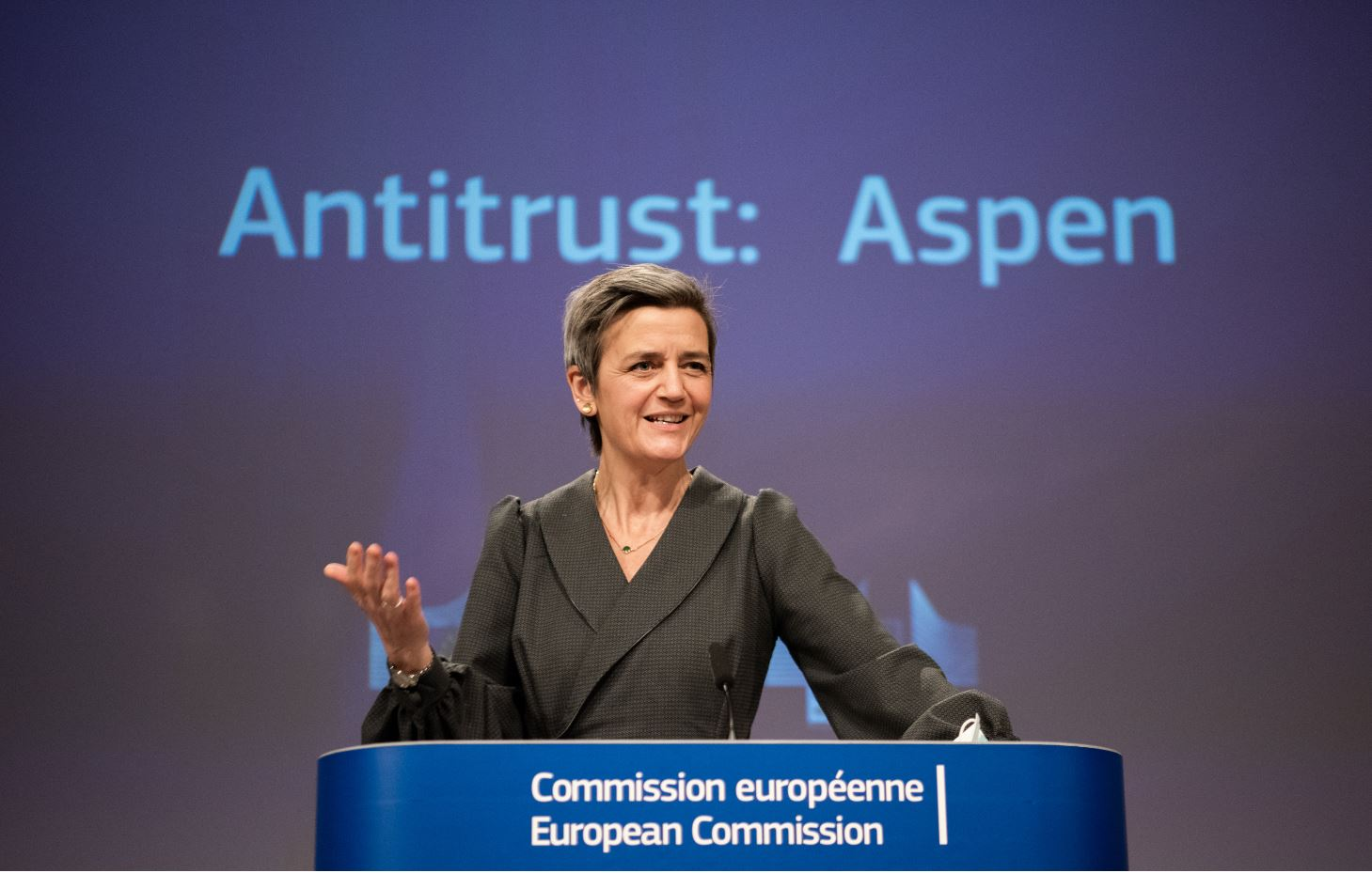 Margrethe Vestager dares take the fight to the giants