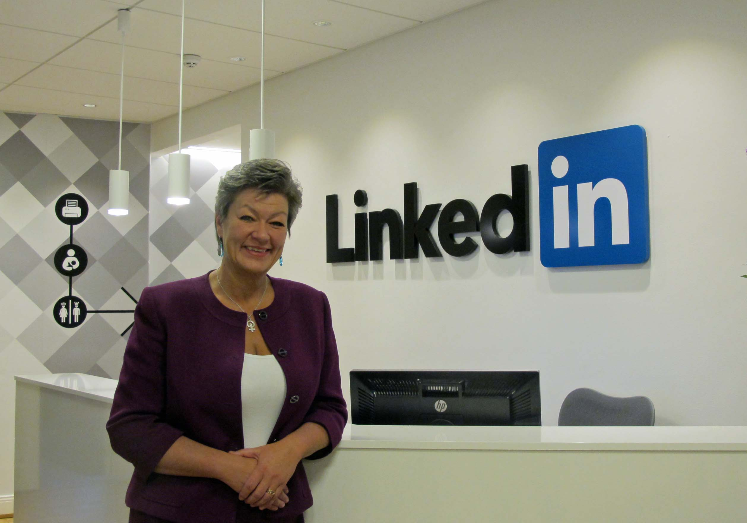 """""""LinkedIn can complement the  employment service"""""""