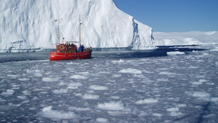 Greenland needs new jobs and foreign labour